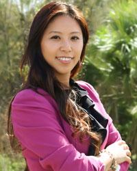 Amy Nguyen, Sales Specialist